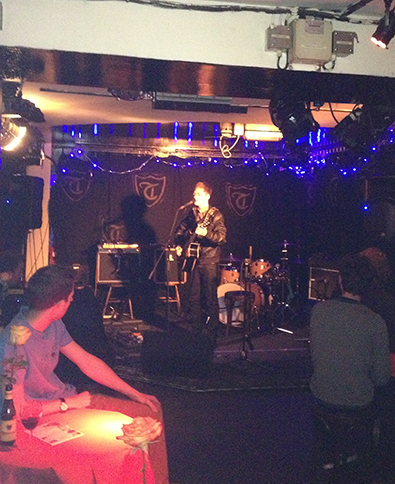 ben pryer at the troubadour